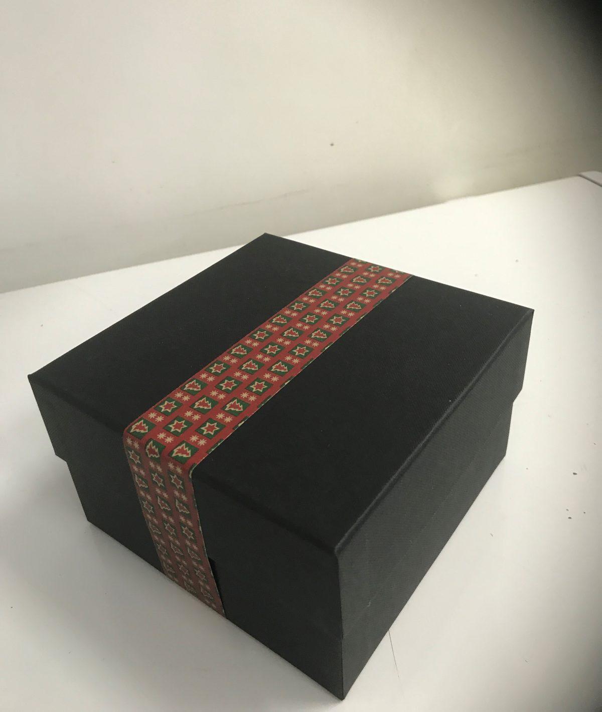 gift box fruit cake